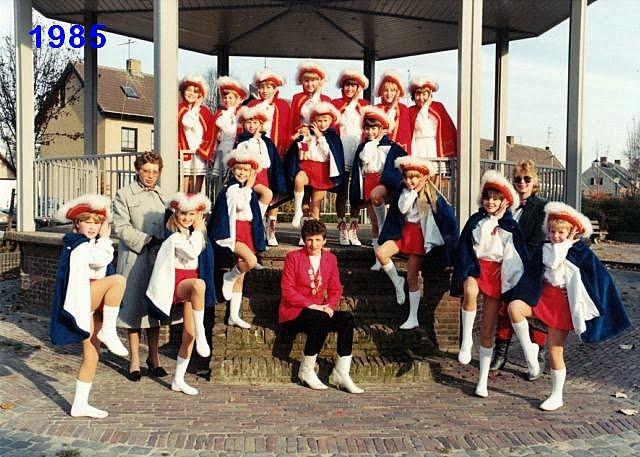 1985.dans1