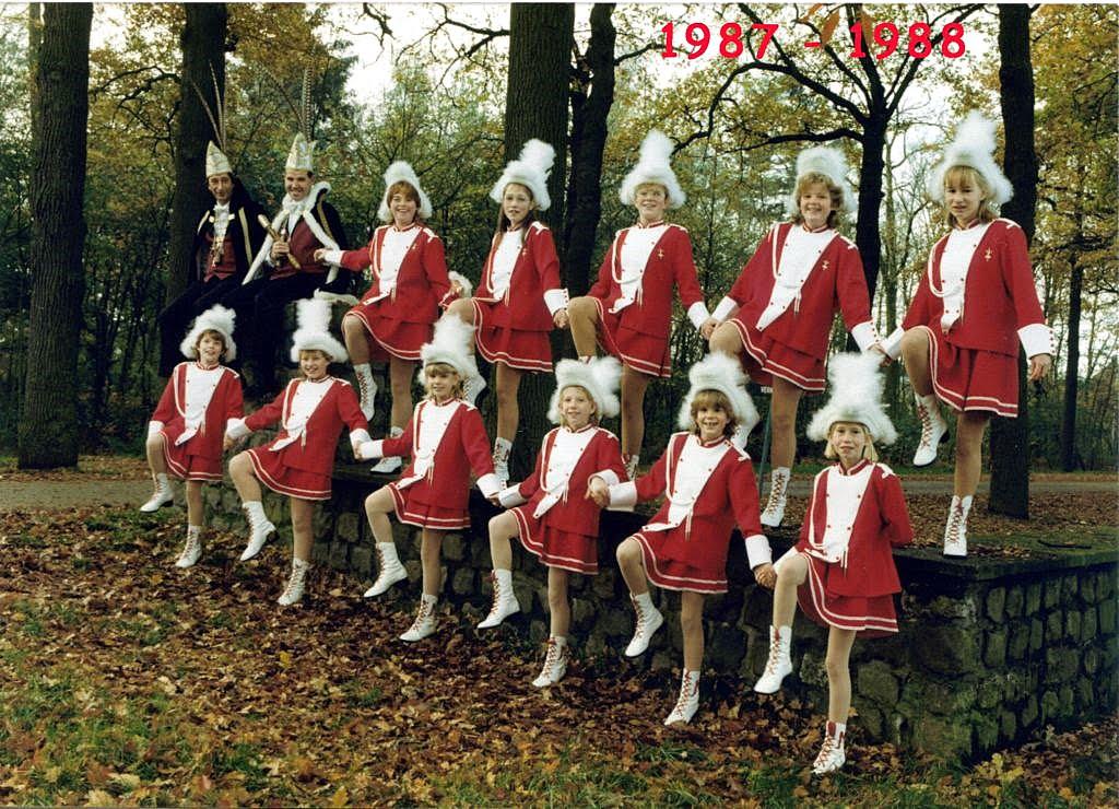 1987-1988 [1024x768]